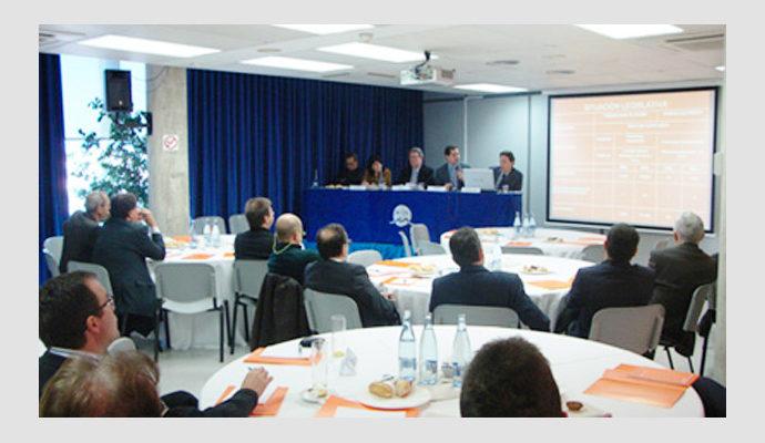 Esmorzar d'empresaris de la FEB: Tancament Fiscal 2010 per a persones Físiques