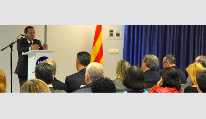 La FEB i l'impo homenatgen als 120 emprenedors del 2012 a Badalona