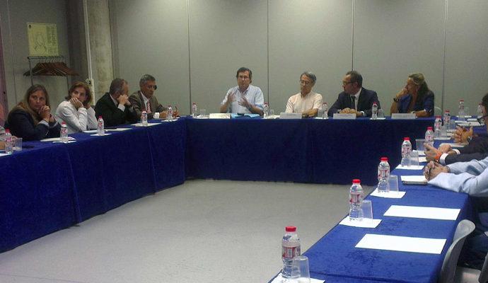 La FEB lidera una trobada per desenvolupar un cluster d'empreses Biomèdiques a Badalona