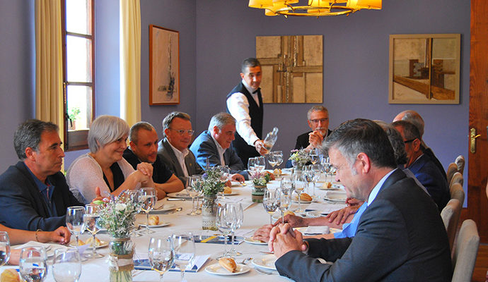 Dinar d'empresaris de FEB-PIMEC amb l'alcaldessa de Badalona